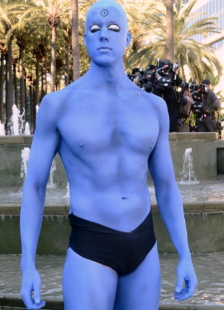 wondercon-cosplay-dr-manhattan-gi