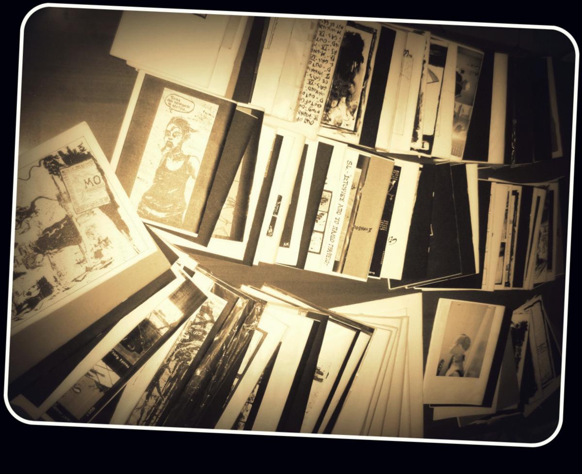 Κάπου 140 τεύχη του Κ. Μανιατόπουλου, απο την προσωπική μου συλλογή.