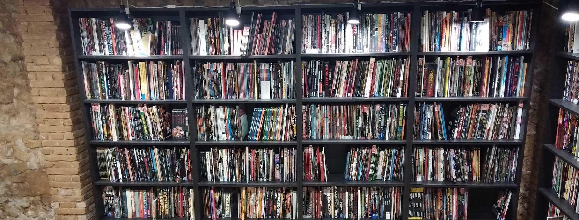 Ένας Χρόνος Athens Comics Library