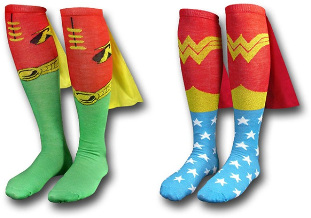robin-wonder-woman-cape-socks