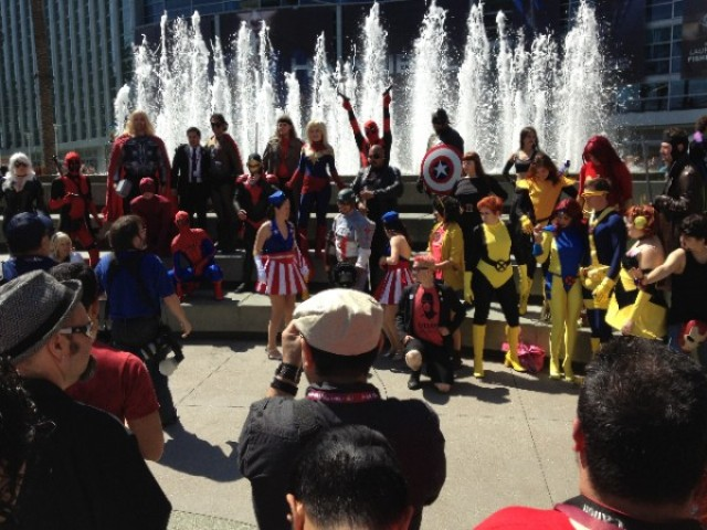 WC13_Cosplay_Fountain-of-Heroes